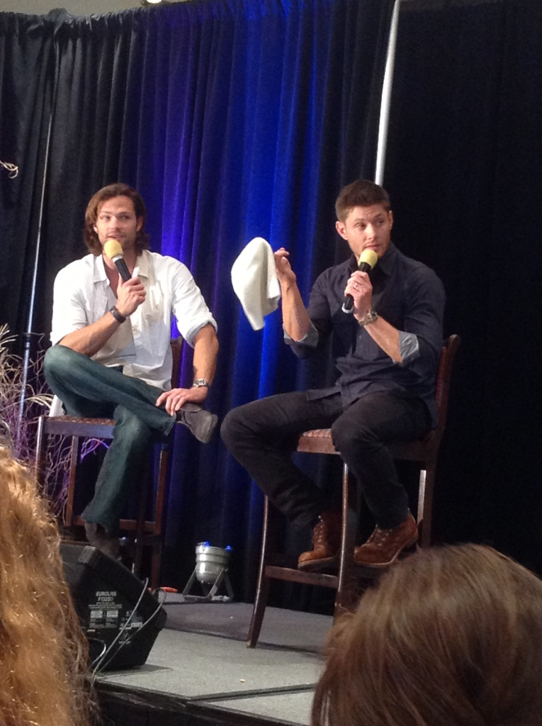 Jared's Gorgeous Hair. Thanks, Jensen!