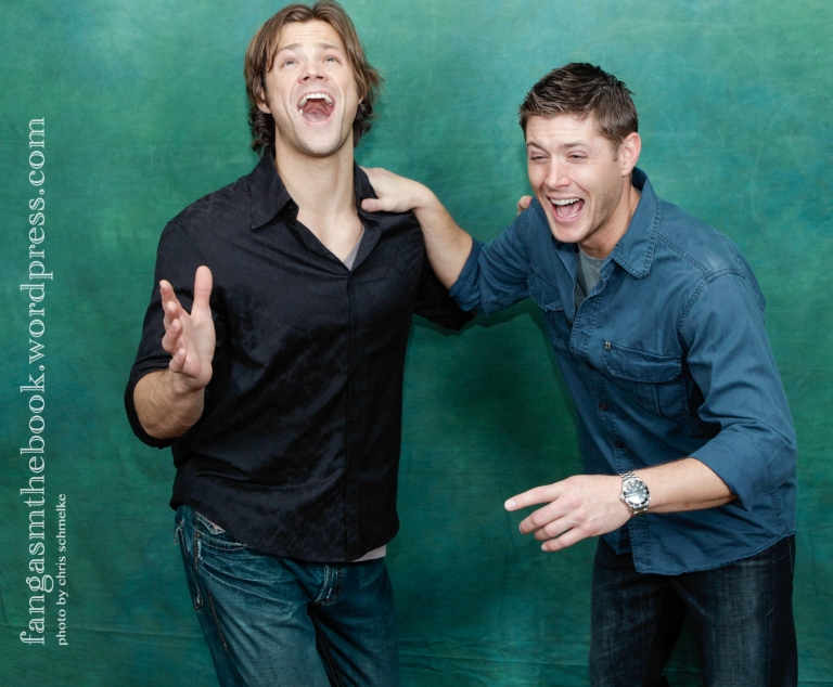 Jared and Jensen's reaction to Fangasm