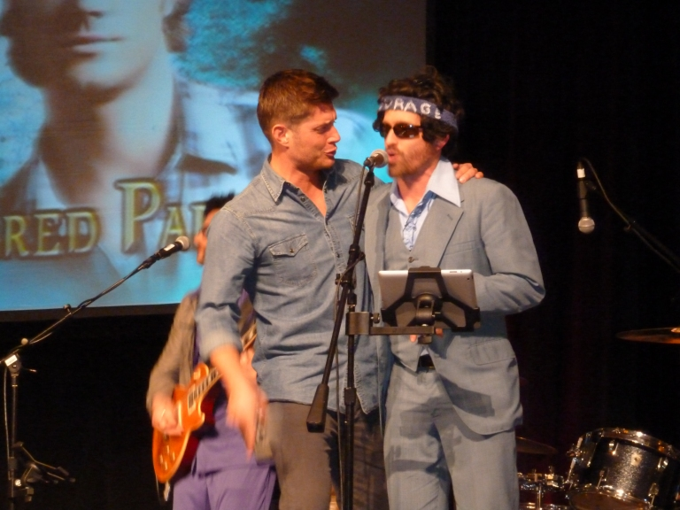 Jensen and Rob sing with the Elastic Waist Band