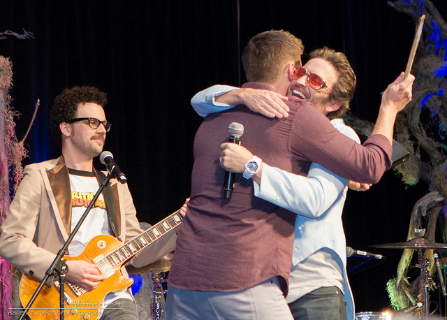 Jensen and Rob hug by KarenCookePhotography