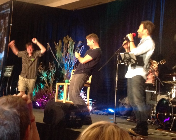 Brad Creasser shows J2 how it's done and Jensen cracks up