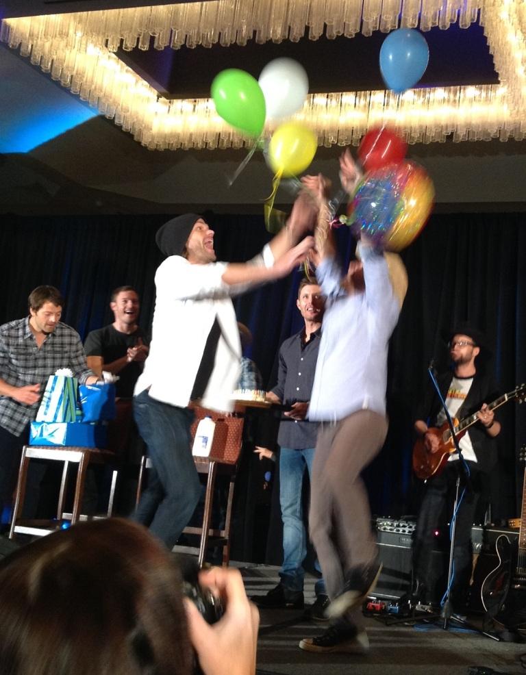 jared balloons3