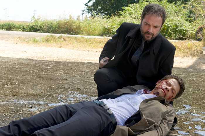 Crowley saves Cas. Do we really know why?
