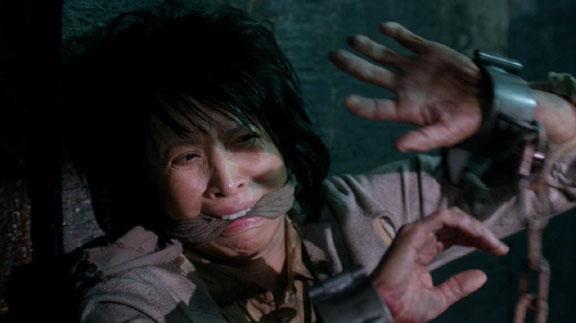 Lauren as Linda Tran