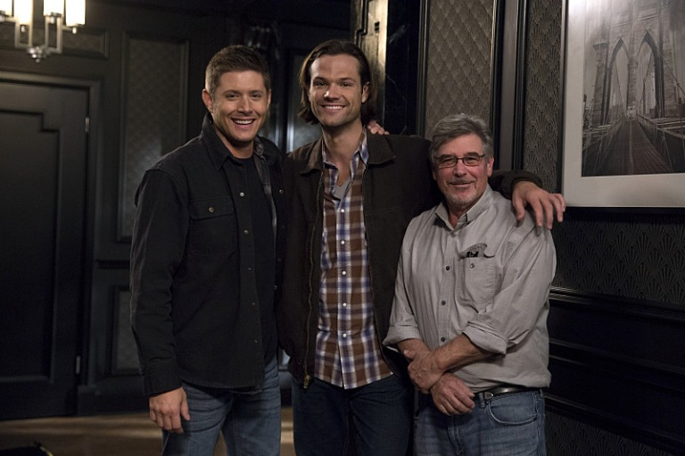 Ackles and Padalecki w director Bob Singer