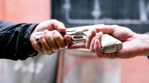 Contact: Cole returns Dean's gun