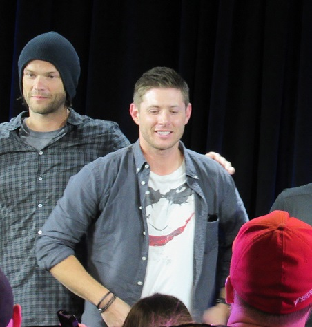 j2 nerd hq shoulder hand