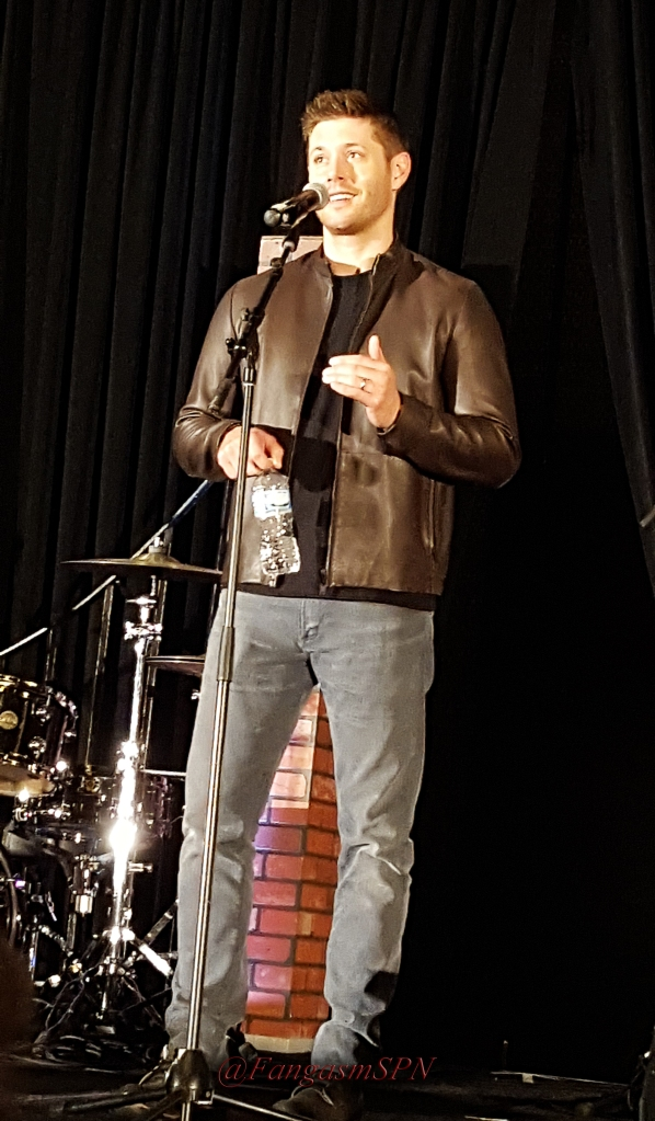 chicon_phone_2015_092_WM