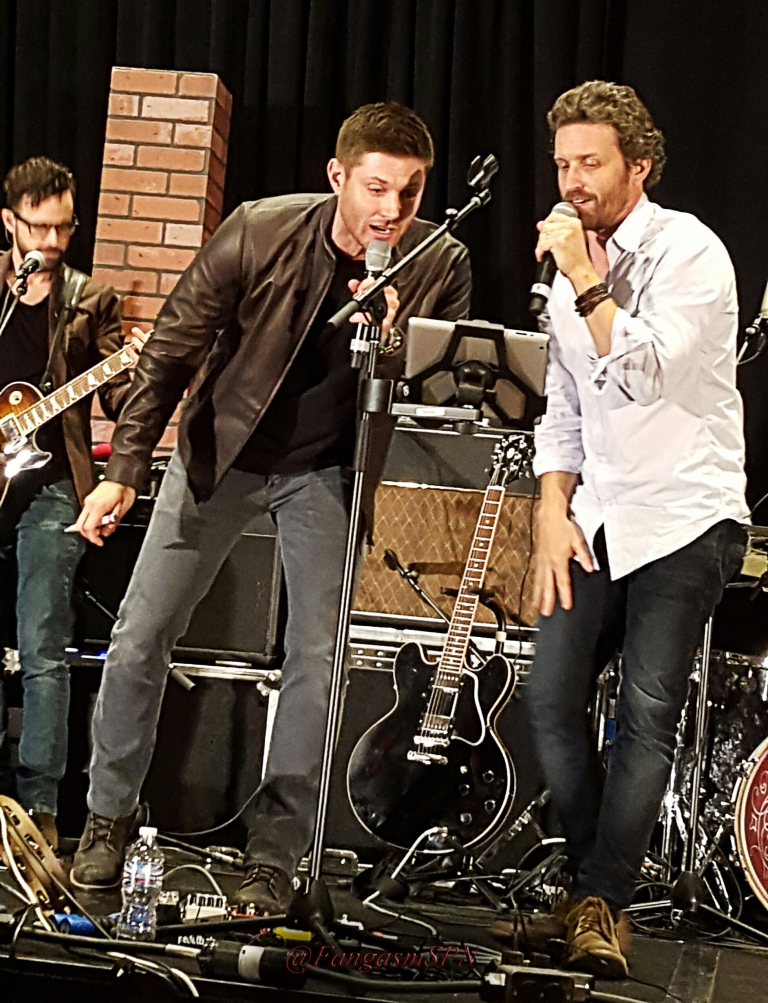 chicon_phone_2015_485_WM