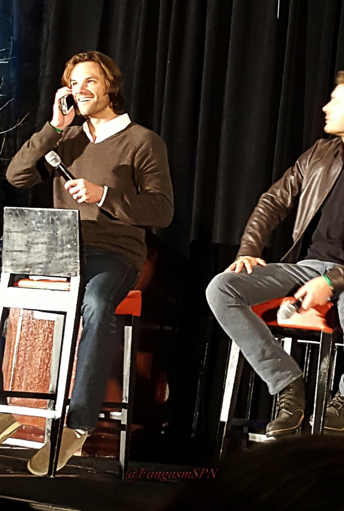 chicon_phone_2015_568_WM