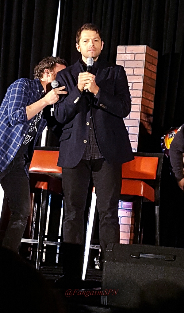 chicon_2015_and_phone_to_10_15_1476_WM