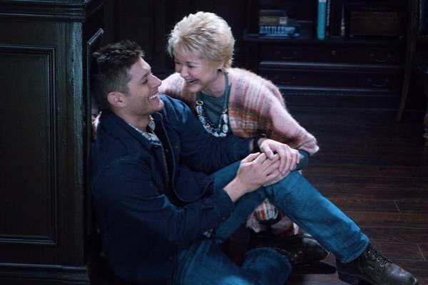 Jensen and Dee having fun on set