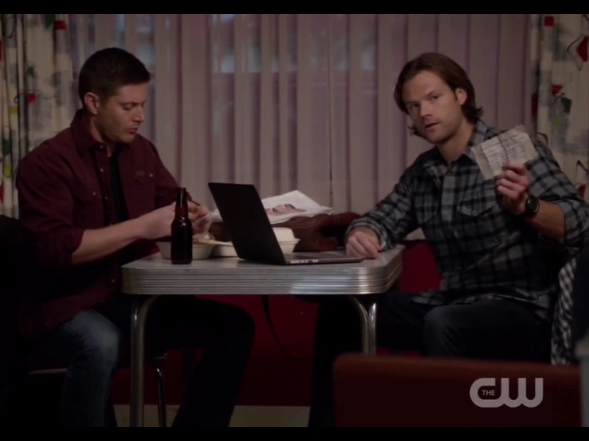 OMG They're Talking! Supernatural 'Love Hurts' – Fangasm