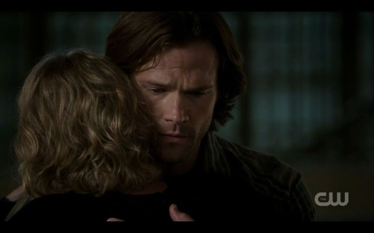 12-03-end-sam-mary-hug