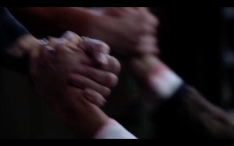12-12-handhold